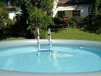 bazén - chalupa ubytování Horní Lánov