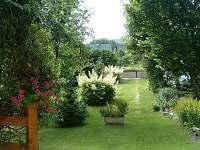 zahrada - chalupa k pronajmutí Horní Lánov