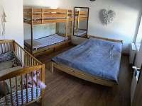 Ložnice - apartmán k pronájmu Čistá