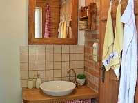 Koupelna - roubenka - chalupa k pronajmutí Rtyně v Podkrkonoší