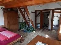 pokoj s lůžky na mezonetu - chalupa k pronájmu Jablonec nad Jizerou - Blansko