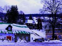restaurace asi 80 m od Horní Jablůňky