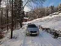 Příjezdová cesta k chalupě i v zimě !!!!