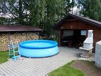 venkovní sezení, gril, bazén