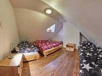 Pokoj 2 - ložnice - chalupa k pronájmu Žacléř - Prkenný Důl