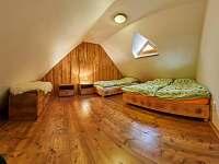 Pokoj 4 - ložnice - chalupa k pronájmu Žacléř - Prkenný Důl