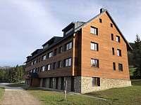 """Apartmánový dům """"O"""" - ubytování Horní Mísečky"""