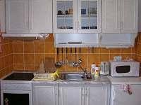 kuchyńská linka - chata ubytování Háje nad Jizerou