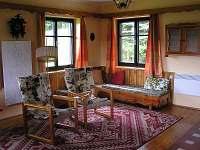 obývací pokoj - pronájem chaty Háje nad Jizerou