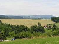 výhled od chaty na Krkonoše
