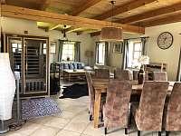 Obývák, jídelní kout a infra sauna - Žacléř - Prkenný Důl