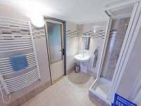 druhá koupelna v prním patře s wc