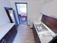 kuchyňka v prvním patře