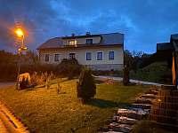 podzimní večer - chata ubytování Rokytnice nad Jizerou