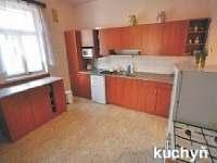 Kuchyně v přízemí - pronájem chaty Rokytnice nad Jizerou