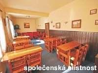 Společenská místnost přízemí - chata k pronajmutí Rokytnice nad Jizerou