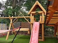 Dětské hřiště - apartmán k pronajmutí Svoboda nad Úpou