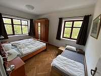1. ložnice - apartmán k pronajmutí Hertvíkovice