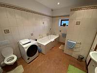 Koupelna - apartmán k pronájmu Hertvíkovice