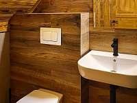 toaleta v patře - Harrachov - Ryžoviště
