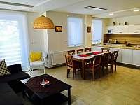 Jídelní stůl - apartmán ubytování Pec pod Sněžkou