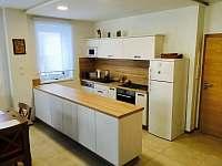 Vybavená kuchyň - apartmán k pronájmu Pec pod Sněžkou