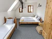 ložnice - chalupa ubytování Horní Maršov