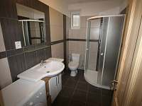 Koupelna III - Radvanice - Slavětín