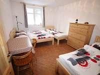 Pokoj 4 lůžka - chalupa ubytování Radvanice - Slavětín