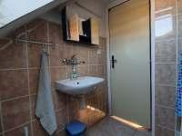 Koupelna ložnice 4 (WC + sprcha) - Dolní Rokytnice