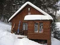 srub v zimě - k pronájmu Radvanice v Čechách