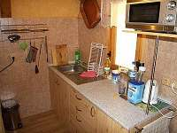 kuchyň - chata k pronajmutí Dolní Dvůr