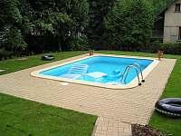 Bazén - chalupa ubytování Čermná