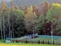 Na dohled sportovní hřiště