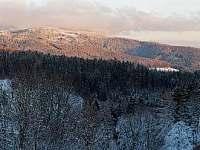 Panorama od chalupy - k pronajmutí Strážné