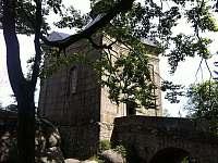 Koruna - kaple na hřebeni Broumovských stěn