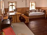 obývací pokoj - chata k pronájmu Vysoké nad Jizerou