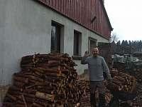 Ubytování na chalupě v Podkrkonoší na polosamotě.