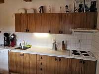 chalupa POD LESEM čp. 7 - kuchyň - pronájem Žacléř