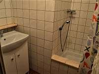 Koupelna se sprchovým koutem - Prkenný důl