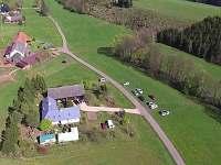 Foto z dronu - chalupa k pronajmutí Horní Olešnice - Zadní Ždírnice