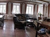 Kuchyň a jídelna - pronájem chalupy Horní Olešnice - Zadní Ždírnice