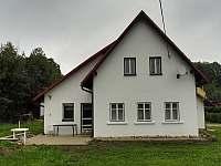 Čistá v Krkonoš. ubytování 16 lidí  pronajmutí