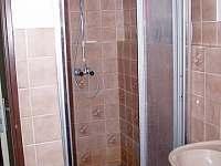 koupelna v přízemí - sprchový kout - Černý Důl - Čistá v Krkonoších
