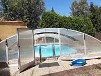 bazén - pronájem chaty Dolníky u Trutnova