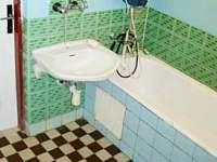 Koupelna - chalupa k pronájmu Nejdek