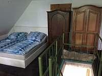 Ložnice - apartmán k pronájmu Tušimice
