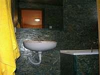 Koupelna, WC - pronájem chaty Boleboř