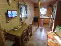 Obytná místnost - jídelna - chata ubytování Boleboř