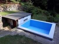 obnovený bazén 2018 - chata ubytování Úbočí - Místo